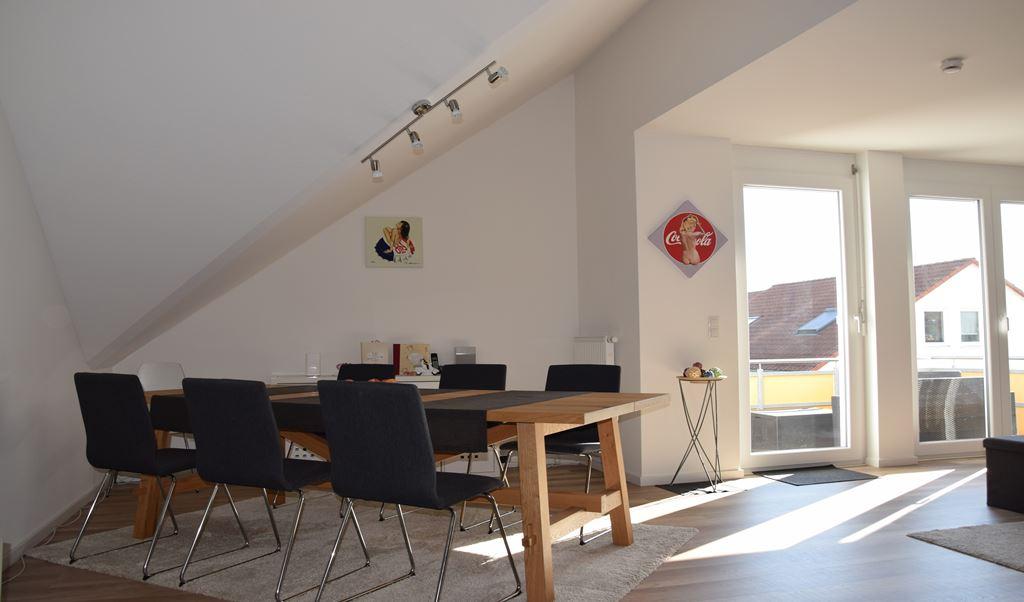 Essplatz im Wohnzimmer