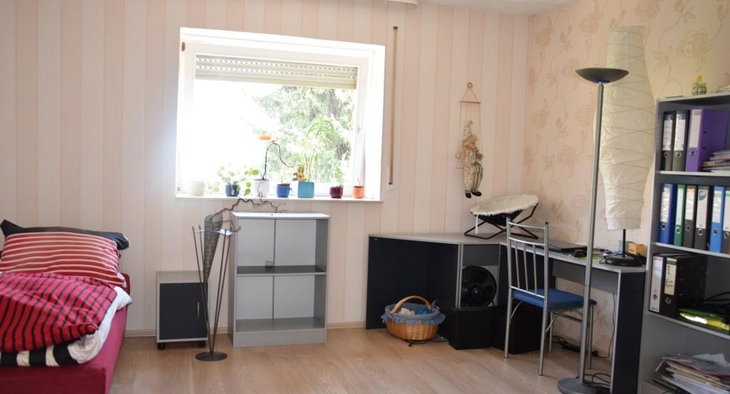 Kinderzimmer- Arbeitszimmer1