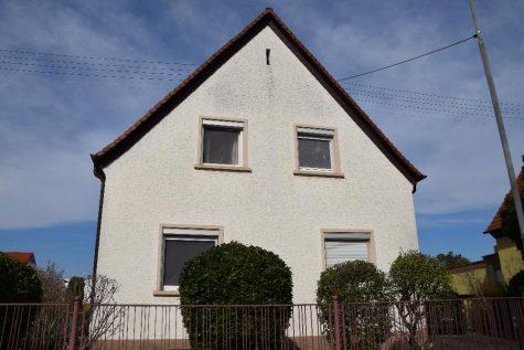 Freistehendes 1-2 Familienhaus in ruhiger Lage!!, 67258 Heßheim, Einfamilienhaus