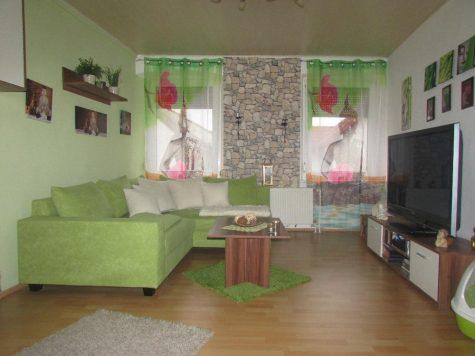 Sausenheim Behagliches Wohnen in kleinem EFH, 67269 Sausenheim, Einfamilienhaus
