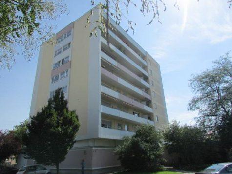Moderne 3-Zimmerwohnung mit weiter Aussicht vom Balkon ins Grüne !! In Ludwigshafen-Gartenstadt, 67061 Ludwigshafen-Gartenstadt, Etagenwohnung