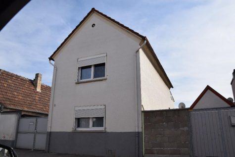 Gemütlichtes Einfamilienhaus im Ortskern!!, 67258 Heßheim, Einfamilienhaus