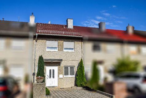 Sehr gepflegtes,gemütliches Reihenmittelhaus in Feldrandlage mit Garage !!, 67258 Heßheim, Reihenmittelhaus