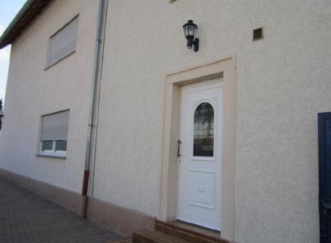 LU-Oppau Top gepflegtes MFH, erstklassige Kapitalanlage!, 67069 Ludwigshafen, Mehrfamilienhaus