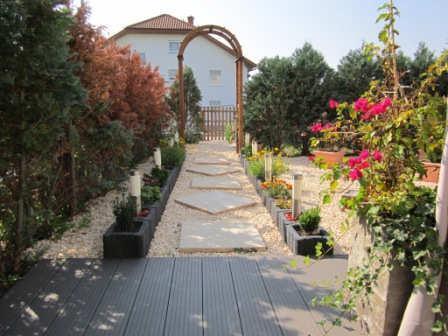 Neuwertiges Liebesnest mit 104m² Süd-West-Garten, 67071 Lu-Oggersheim, Erdgeschosswohnung
